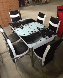 Set Masa Extensibila cu 4 scaune,alb negru cu flor
