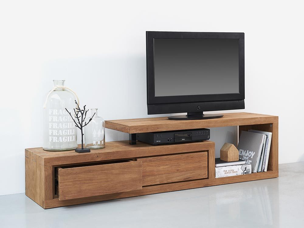 De ce sa-ti decorezi livingul cu o comoda TV