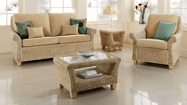 Cum sa-ti decorezi livingul cu o canapea extensibila?