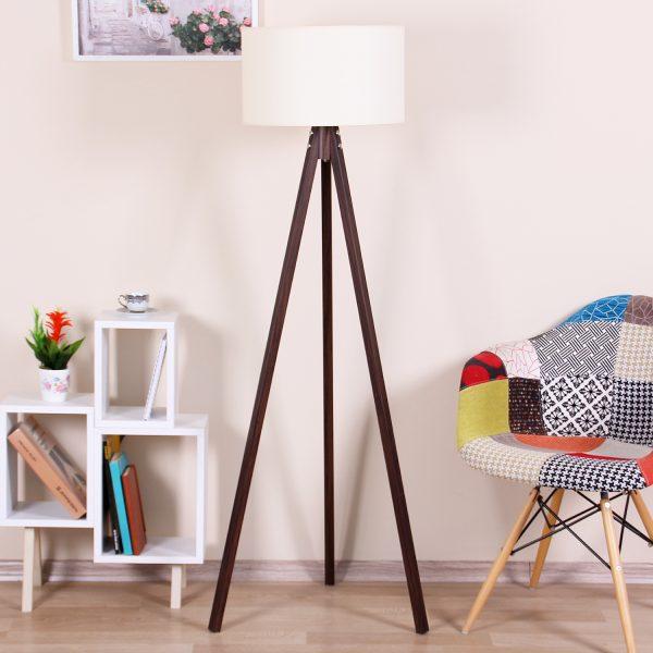 lampadar mobilier pentru living